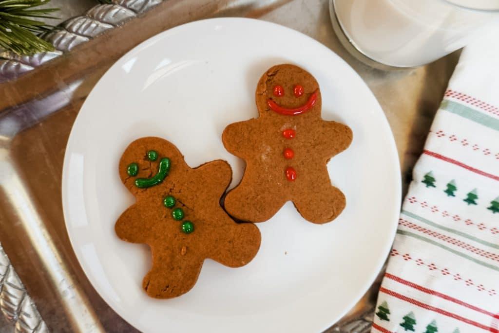 vegan gingerbread men cookies on a plate