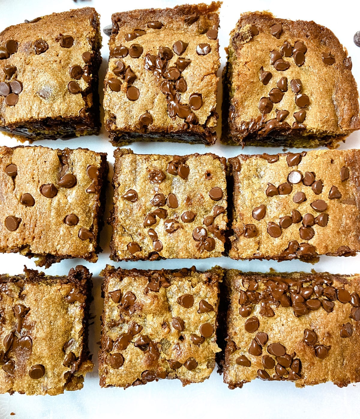 close up of chunky monkey brownies