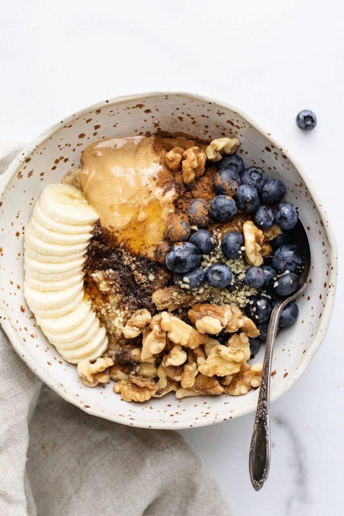 peanut butter oatmeal bowl
